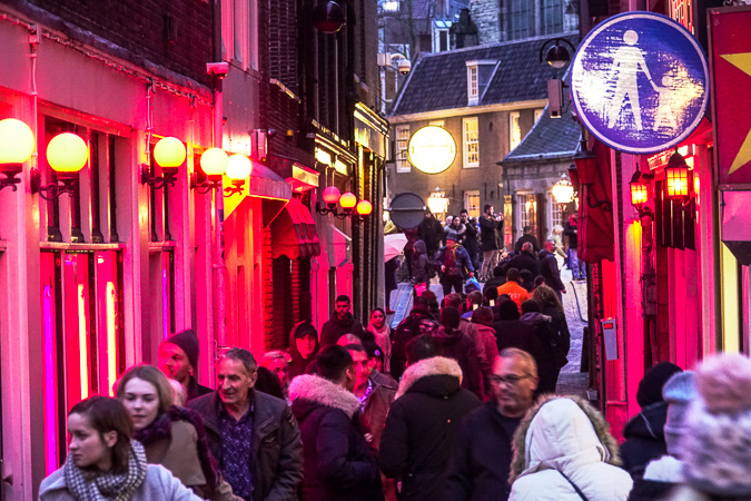 The Amsterdam Red Light District Guide - Part 1: Today   TIA